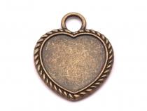 Kovové lůžko 23x28 mm srdce (1 ks)
