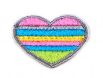Nažehlovačka srdce barevné